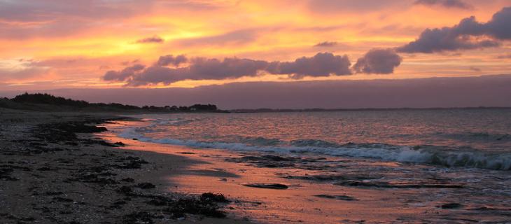 Photographie d'un lever de soleil à Damgan